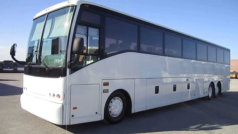 Pioneer Travels Luxury Bus
