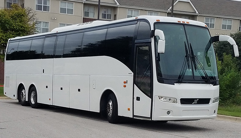 Pioneer Travels Luxury coach