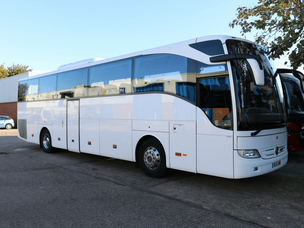 Hire a coach for school trips